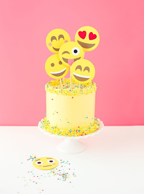 This Emoji Cake Is A Cool Birthday Idea For Tweens And Teens Obsessed With Texting Which All Of Them Right