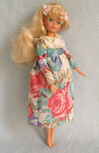 vintage pregnant sindy barbie doll crying baby and bump rare 26 4 barbie pinterest. Black Bedroom Furniture Sets. Home Design Ideas