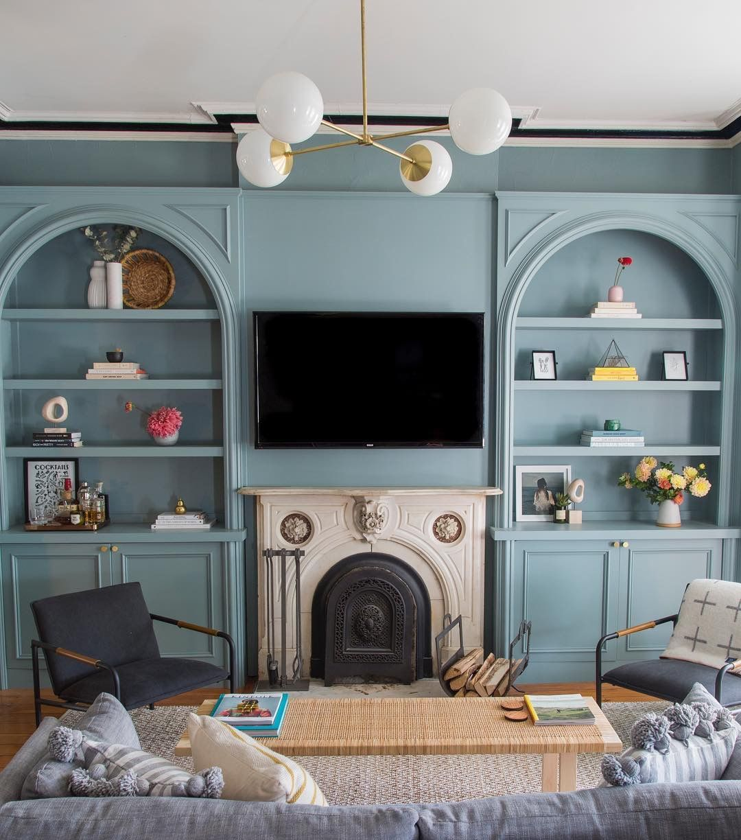 Pin by Erin Mills on Allen Ave Family room design, Oval