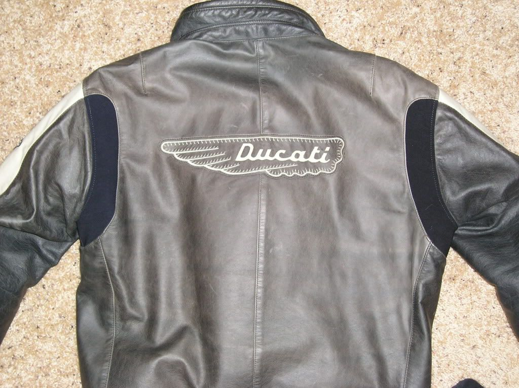 Wtt My Euro 54 Us 44 Ducati Wing Jacket For Your Euro 50 Us 40 Ducati Leather Jacket Ducati Monster Forums Ducati Monster Ducati Jackets Monster Motorcycle