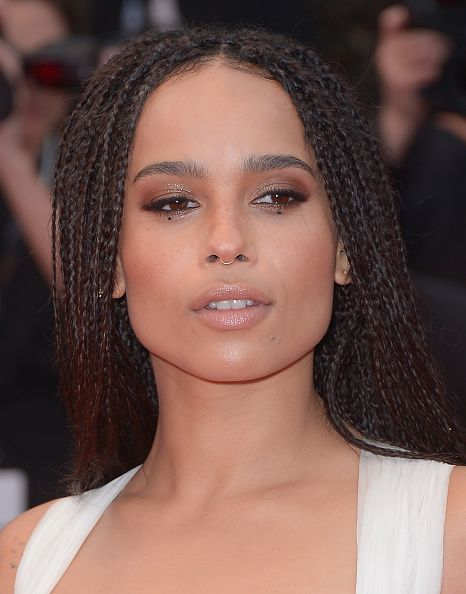 Zoe Kravitz Accessorized Her Eye Makeup with Beauty Marks #zoekravitz