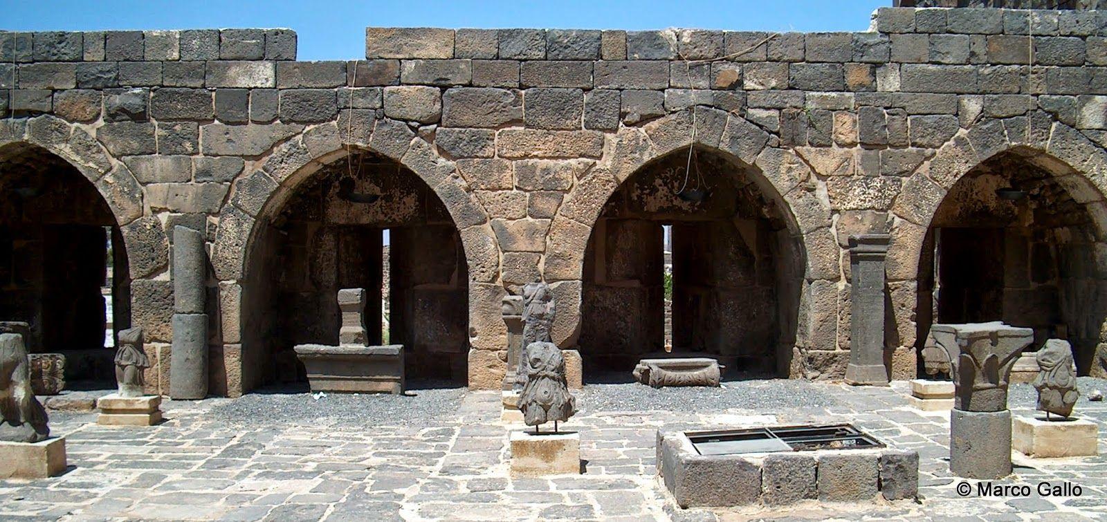 Fortaleza de Bosra, Siria. Fotografia by Marco Gallo.