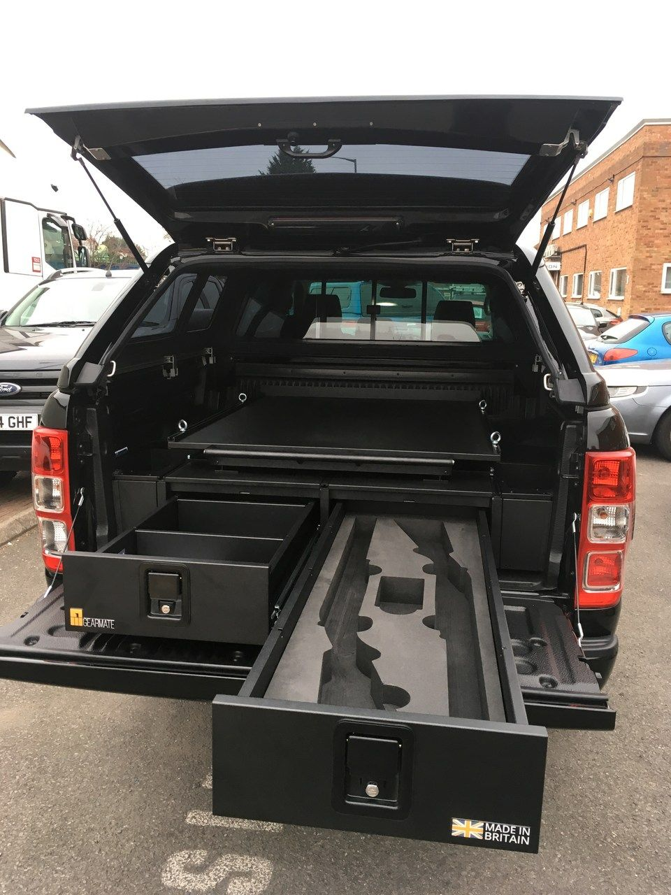 Ford Ranger with gearmate 226MM Twin Drawers, infill pods