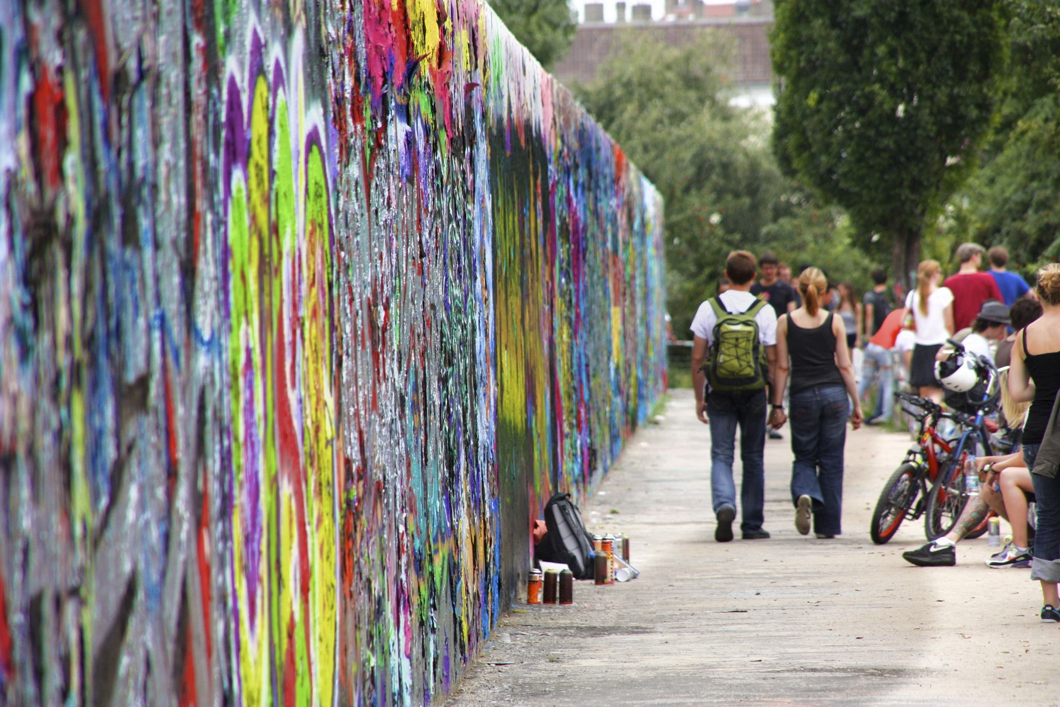 Mauerpark Graffiti Lei Necklace City Jewelry