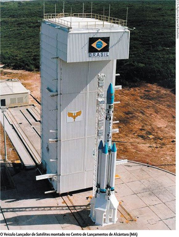 Satellite launch vehicle mounted on the Alcantara Launch Center (MA).