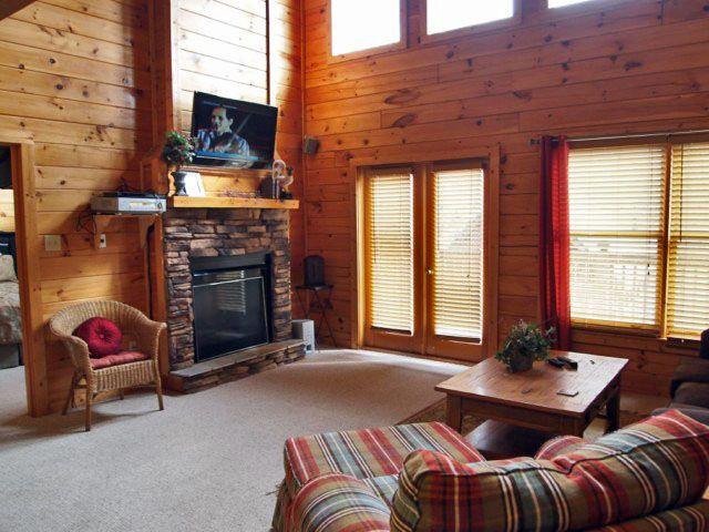 Snuggle Inn 1 Bedroom 1 Bath Cabin Perfect For A Honeymoon It