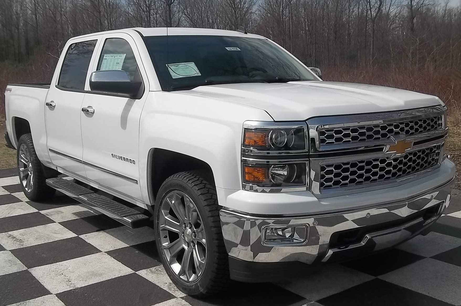 2014 chevrolet silverado 1500 crew cab short box 4wd ltz w 1lz summit white call for more. Black Bedroom Furniture Sets. Home Design Ideas
