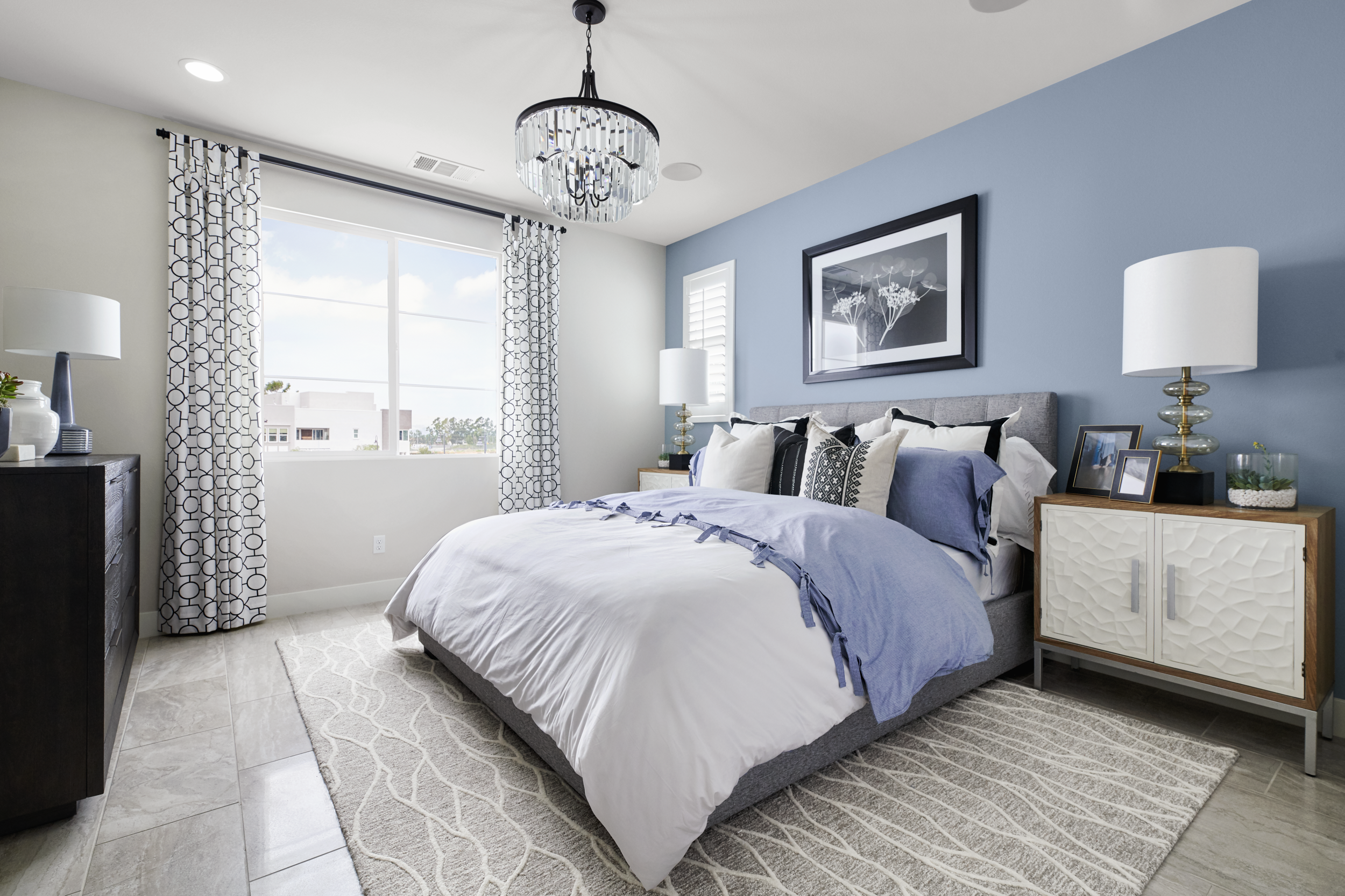 An accent paint on a bed wall is an effective way to add