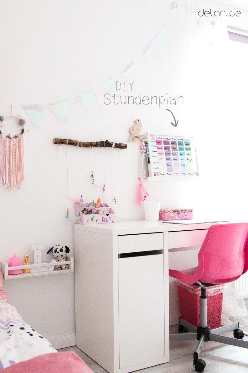 Kinderzimmer Ideen Mädchen DIY Stundenplan Schreibtisch -www.delari.de #trendybedroom