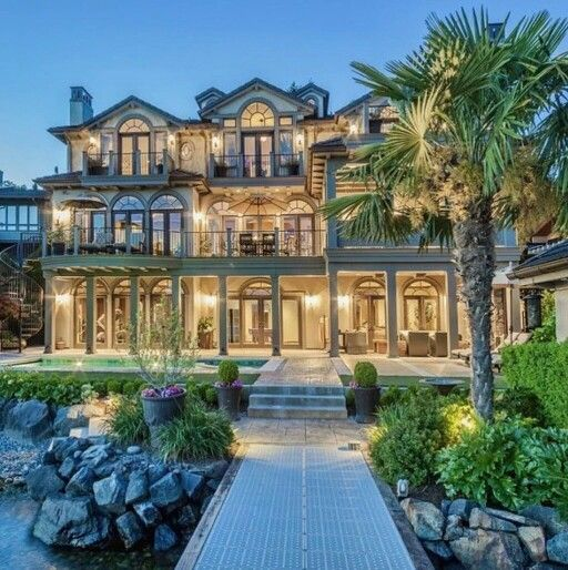 Luxury Waterfront Homes: Pin By Luxury Products On Luxury Homes
