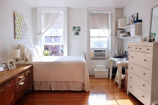 Collectible Style In A One Bedroom Nyc Apartment: Small Space Style: 15 Inspiring Tiny New York City Homes