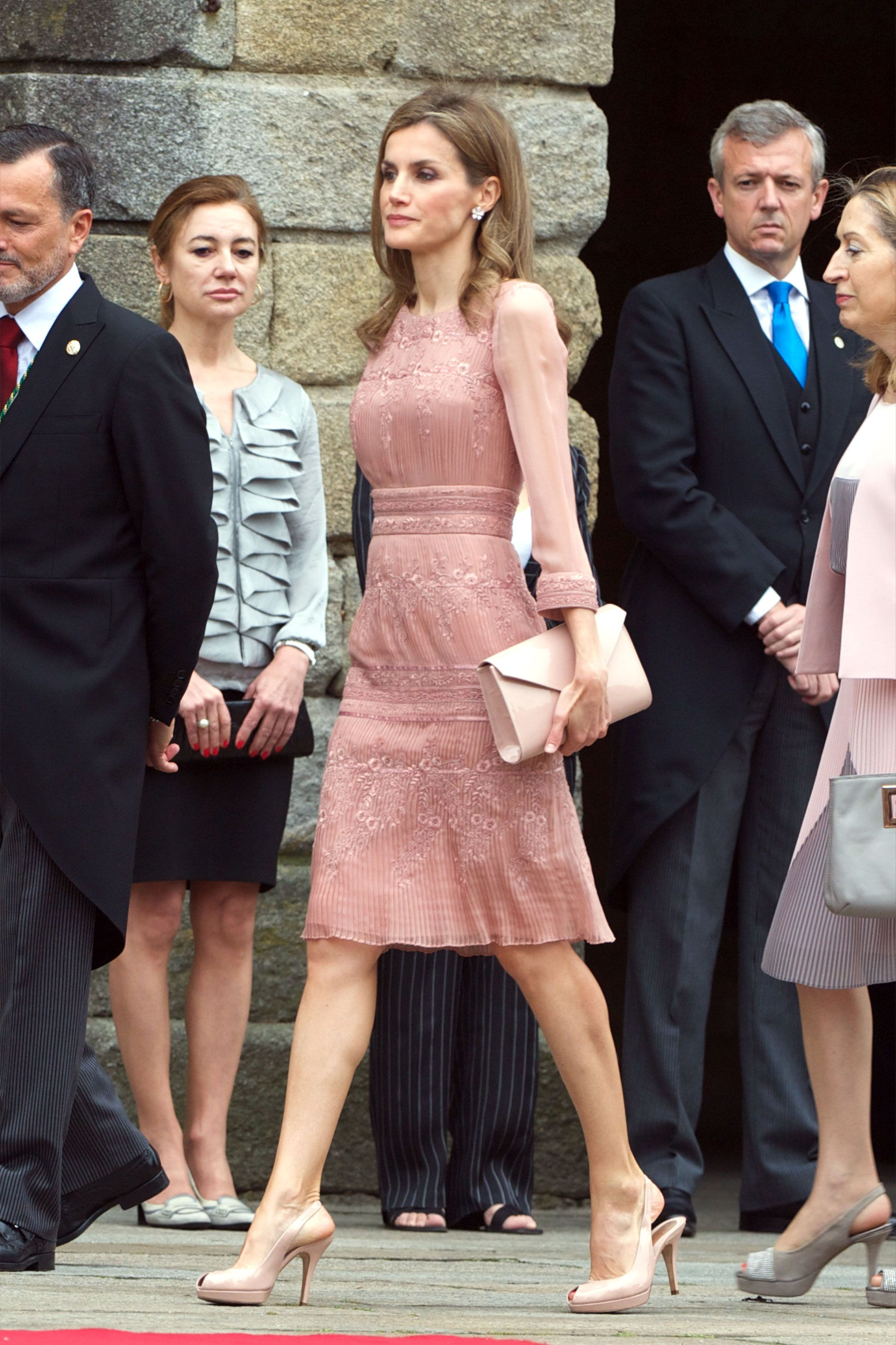 Fit For a Queen: Letizia of Spain\'s Top Style Moments | Pale pink ...
