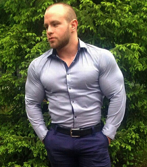 Muscle Roids Y Bears Bulat Aliev Fashion Foward