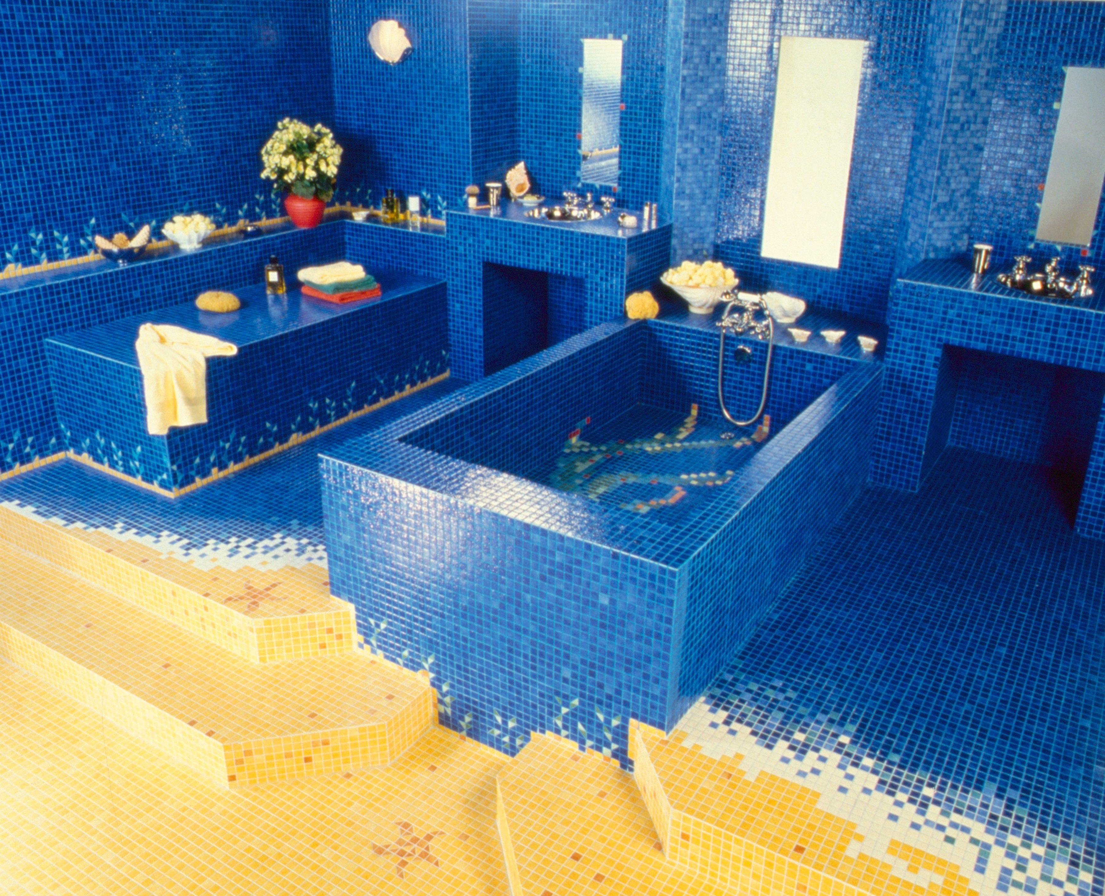 Salle de bain en Emaux de Briare #mosaic #mosaictiles #mosaïque ...