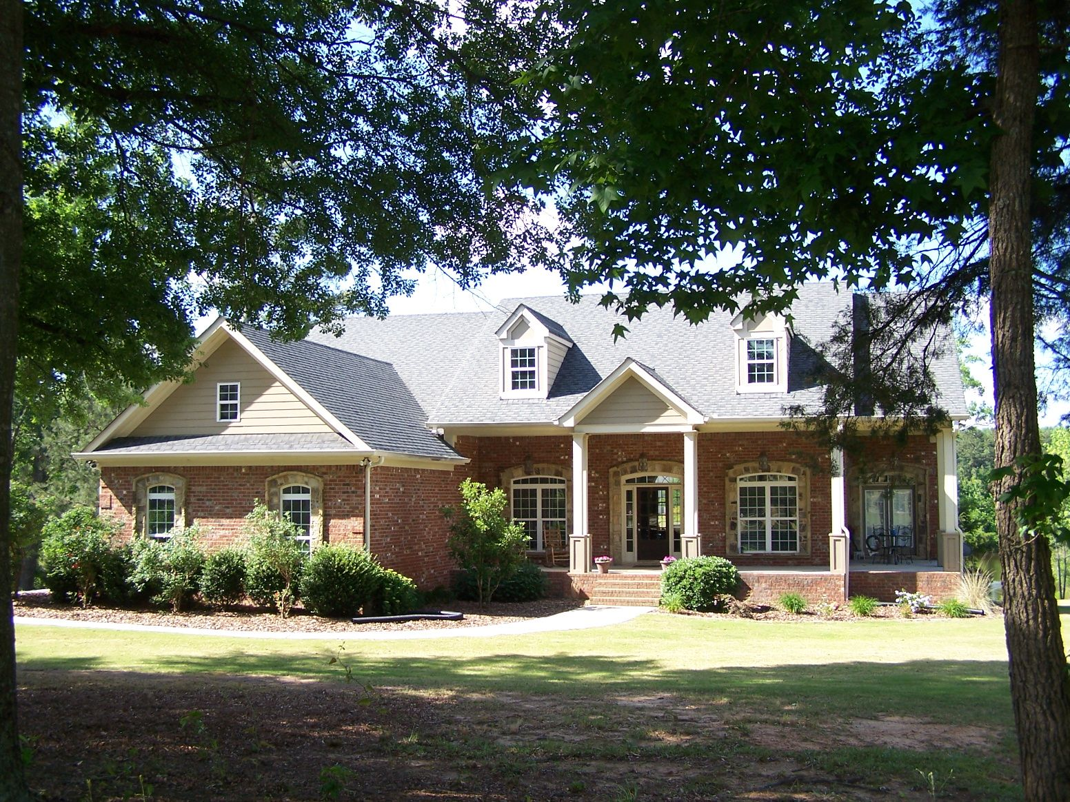 Open House Sunday July 10 2016 From 2 00 Pm To 5 00 Pm Refreshments Will Be Served 725 Amber Lakes Ct Social Circle Ga 30025 House Styles Open House House