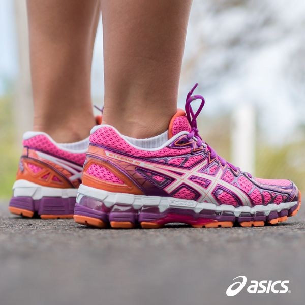 The Women's GEL Kayano 20 March release features our new technology Fluid  Fit, allowing adaptation