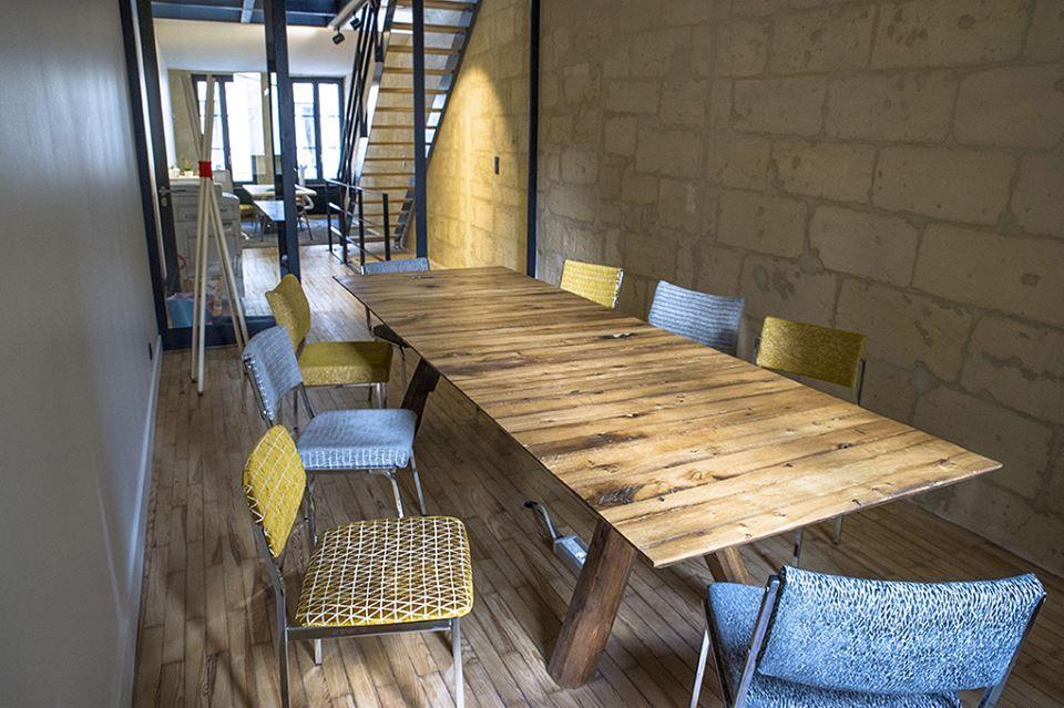 valorisation de chaises pour dauchez payet par atelier d 39 co solidaire am nagement d 39 espace. Black Bedroom Furniture Sets. Home Design Ideas