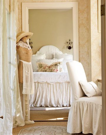 French Bedroom Ideas On Romance In Your Quarters