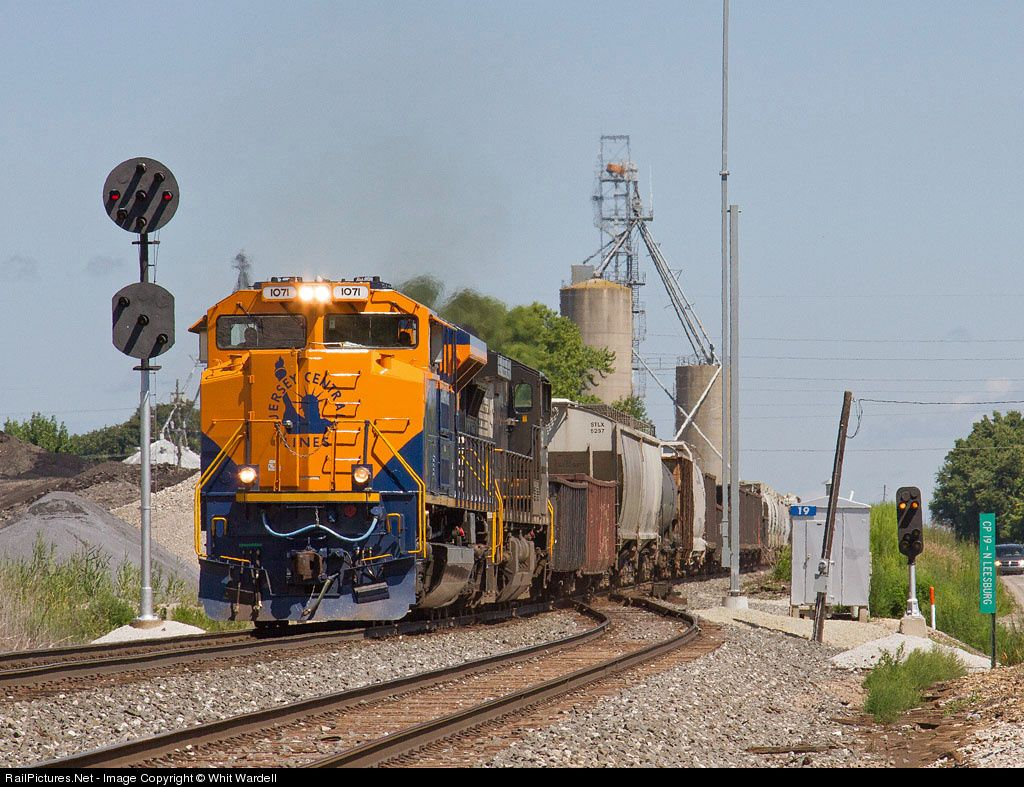 RailPictures.Net Photo: NS 1071 Norfolk Southern EMD SD70ACe at Leesburg, Indiana by Whit Wardell