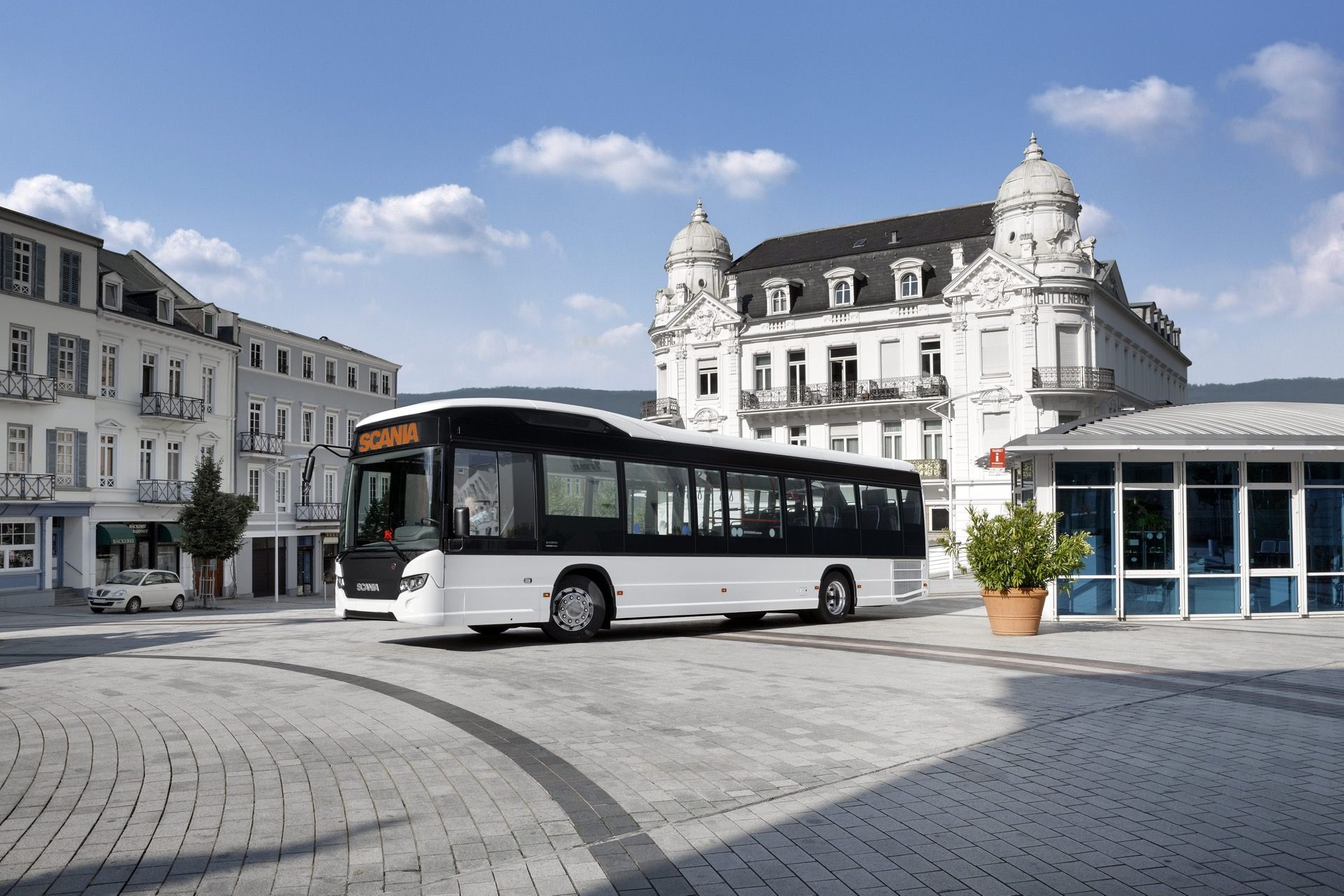 Scania Citywide Le Hybrid Bus Stop Bus Photo