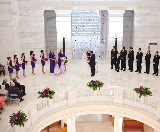Real wedding held at the arkansas state capitol building in little real wedding held at the arkansas state capitol building in little rock the wedding of miss arkansas 2009 sarah slocum and ryan collins was a grand malvernweather Gallery