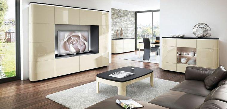 Mobili di colore beige e una superficie lucida, soggiorno ...