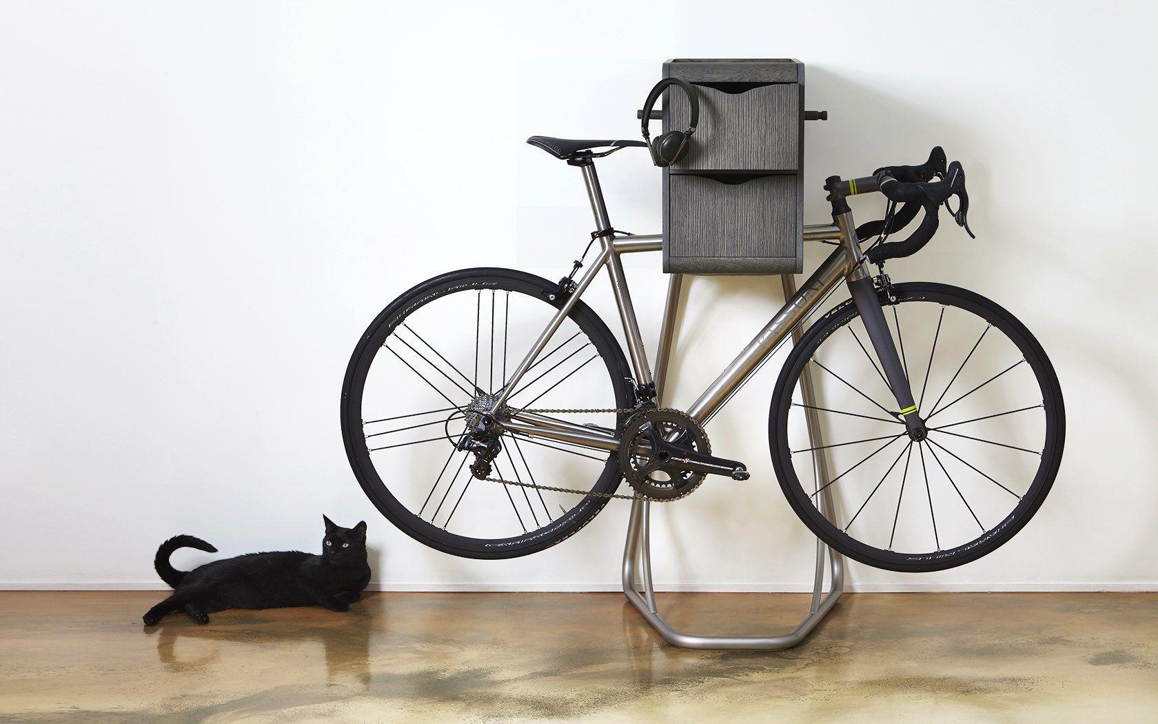 オーディオシステムを搭載した自転車スタンド Origo Vox 自転車