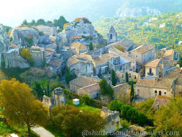 Step Back Into Medieval Provence At The Chateau Of Les Baux De Provence Provence Baux Village