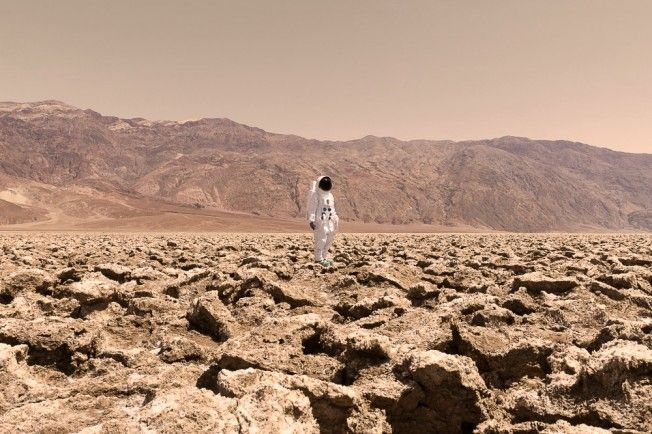 Greetings From Mars (Julien Mauve)