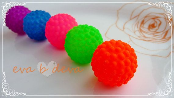 20mm Neon Acrylic Bumpy Berry Beads
