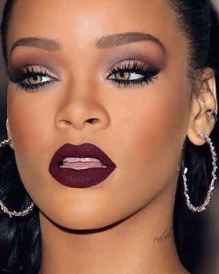 Maquillaje para vestido negro y piel morena