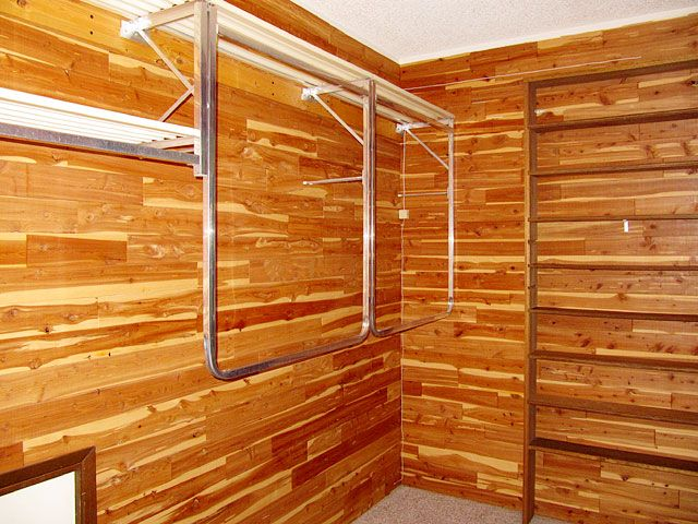 Cedar Lined Closet Benefits | Huge Walk In Master Bedroom Cedar Lined Closet .