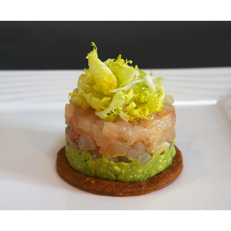 Tartare de dorade cras d 39 avocat relev au citron vert for Entrees legeres