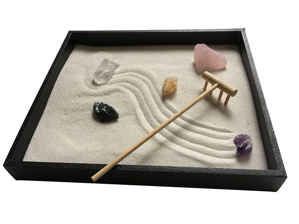 21 Appealing Diy Mini Zen Gardens For Tables And Desks Di 2020 400 x 300