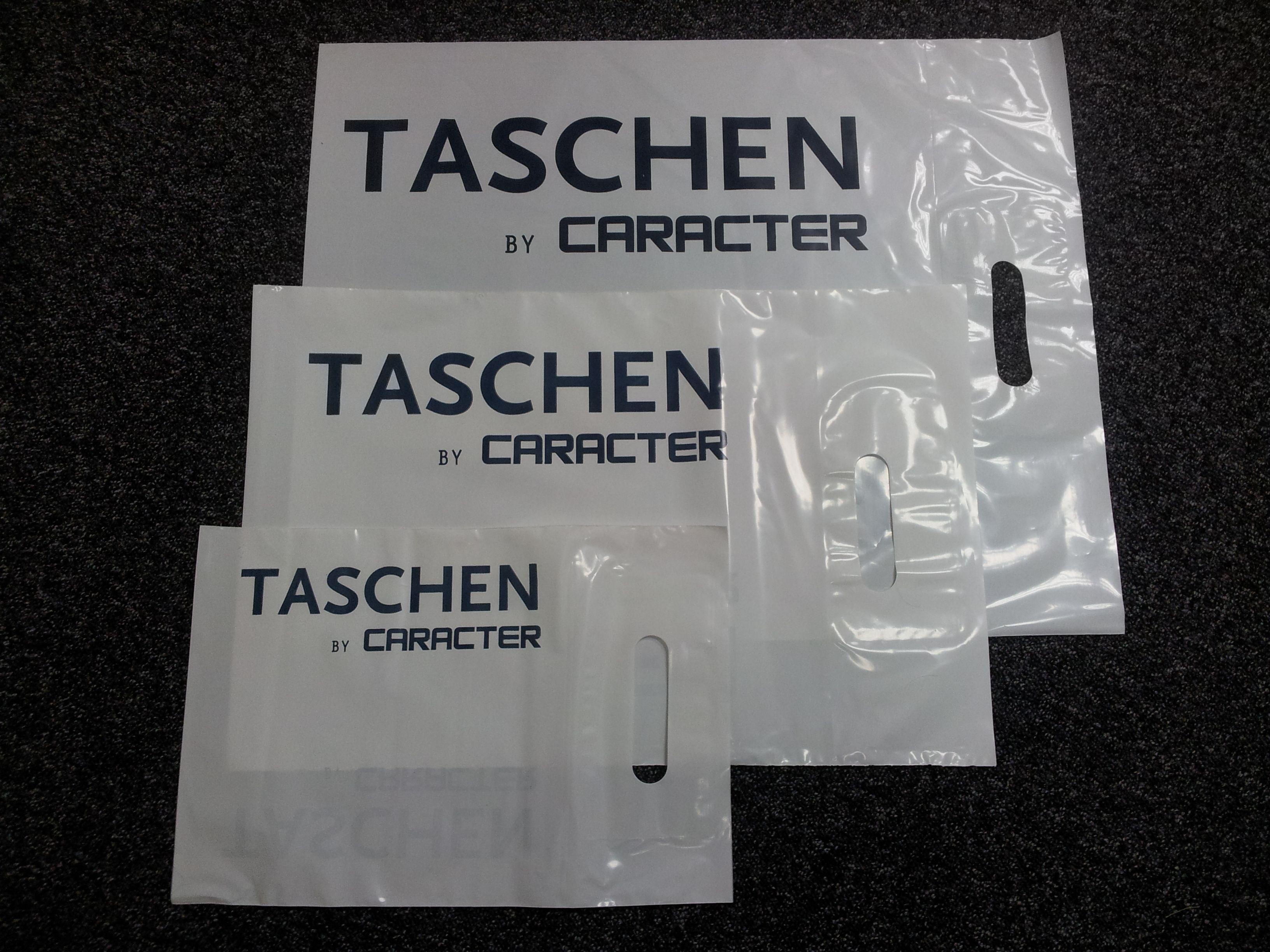 Saco de plástico AZV, branco opaco com impressão de logotipo a 1 cor. Várias medidas.