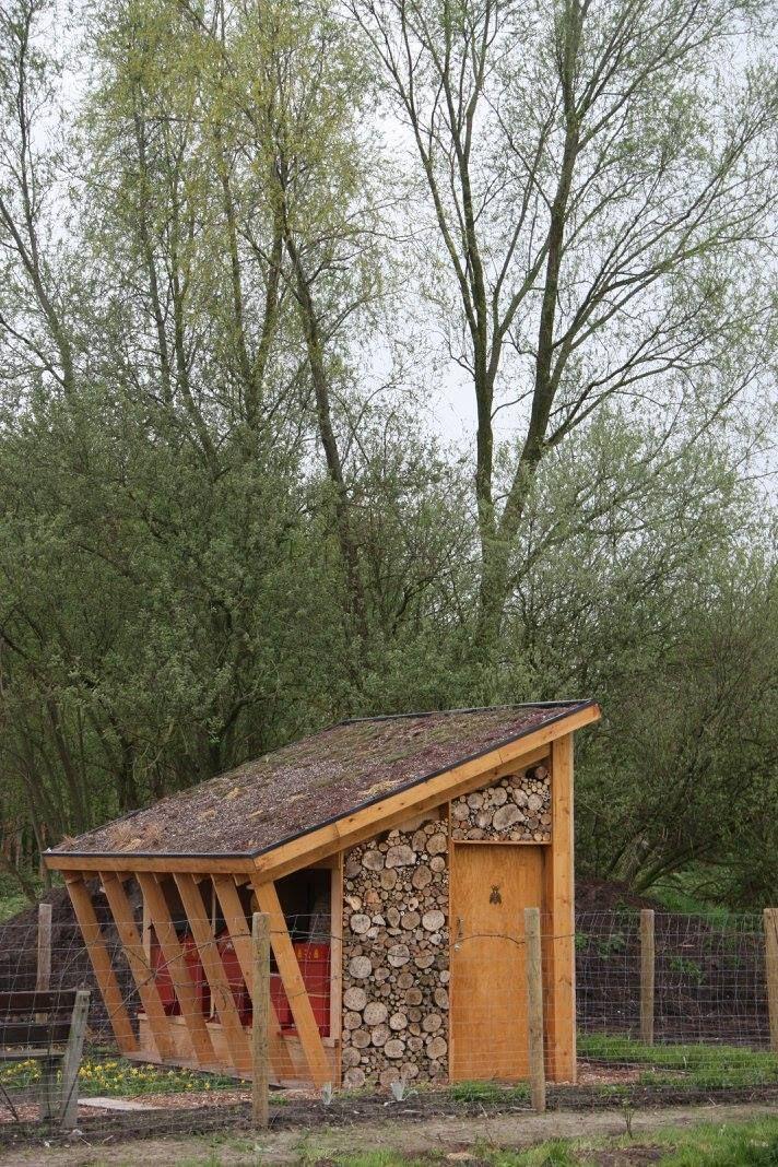 Beautiful Bee Shelter Bee Houses Bee House Bee Keeping