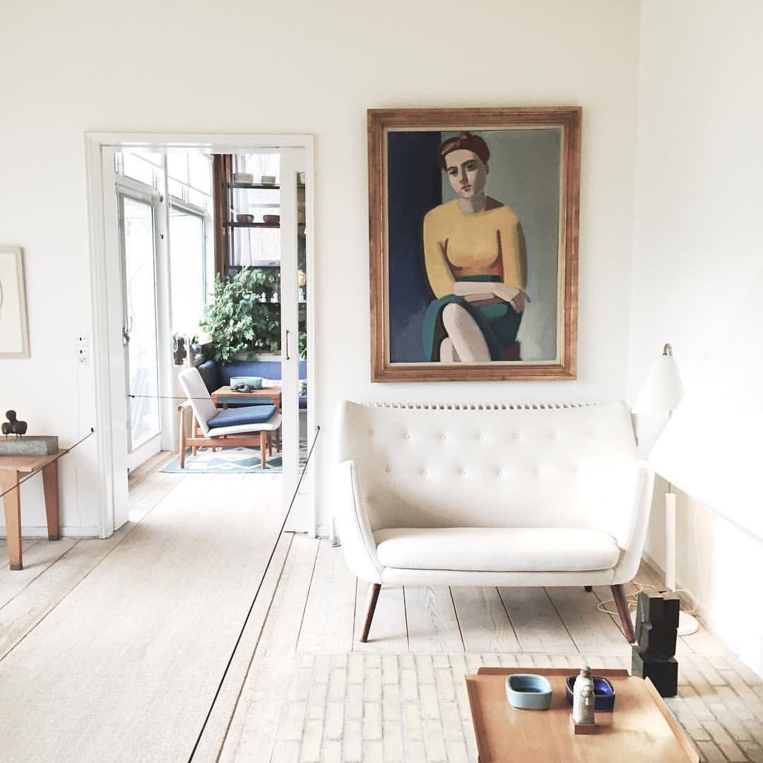 På besøg hos Finn Juhl ✨ #ordrupgaardmuseum#ordrupgaard#finnjuhl#interior#danishdesign#homeoffinnjuhl#museum#inspiration#poeten#furniture#vilhelmlundstrøm#modernism#simplicity#danskdesign#livingroom#dreaming
