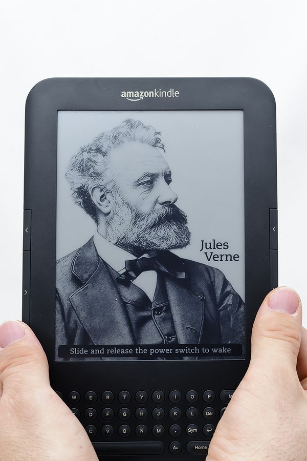 can you read kindle books on ipad
