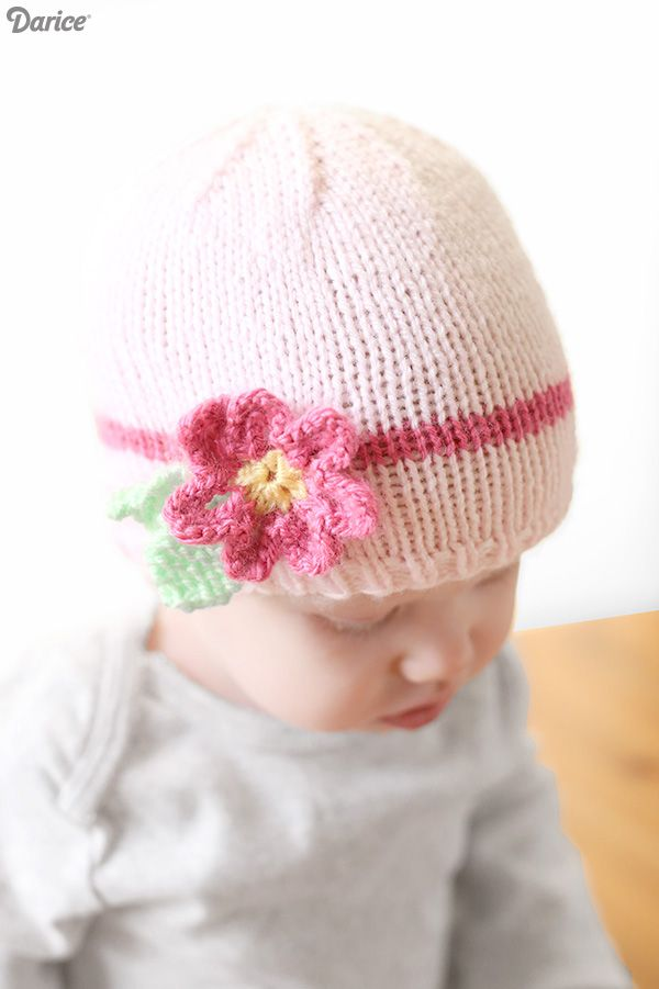 Easy Baby Hat Knitting Pattern with Flower - Darice | Gorros, Boinas ...