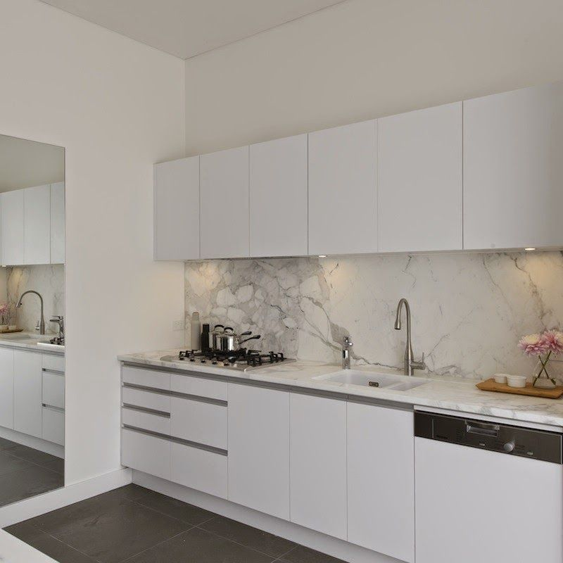 Waterfall Benchtop, Marble Stone, White Kitchen, Pendant