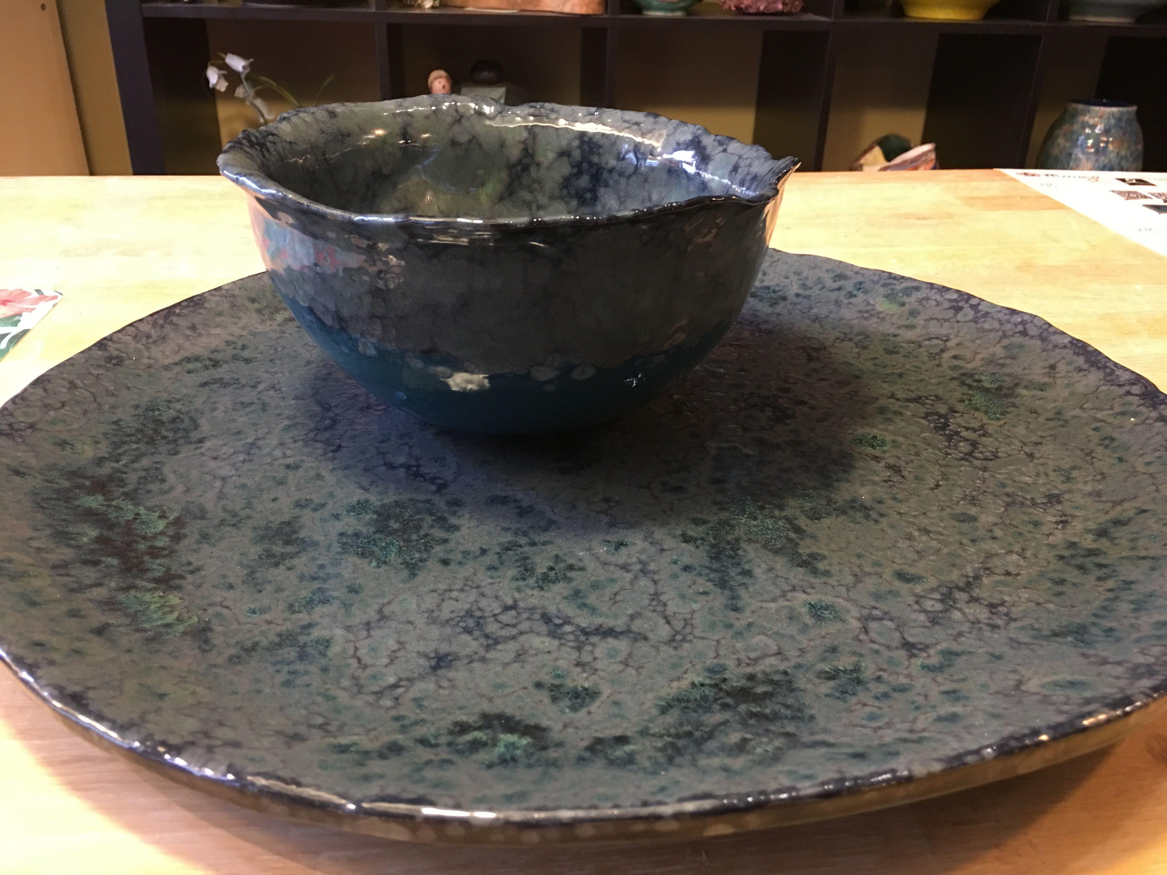 Big ceramic platebowl made by pupil karin wwwleimenzwa