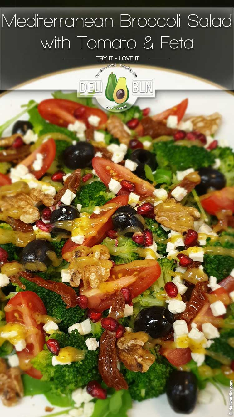 Mediterraner Brokkoli-Salat mit Tomate und Feta