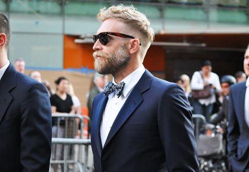 Zeer mannelijk en toch een zeer afgewerkte look... Het hoeft geen tegenstelling te zijn!