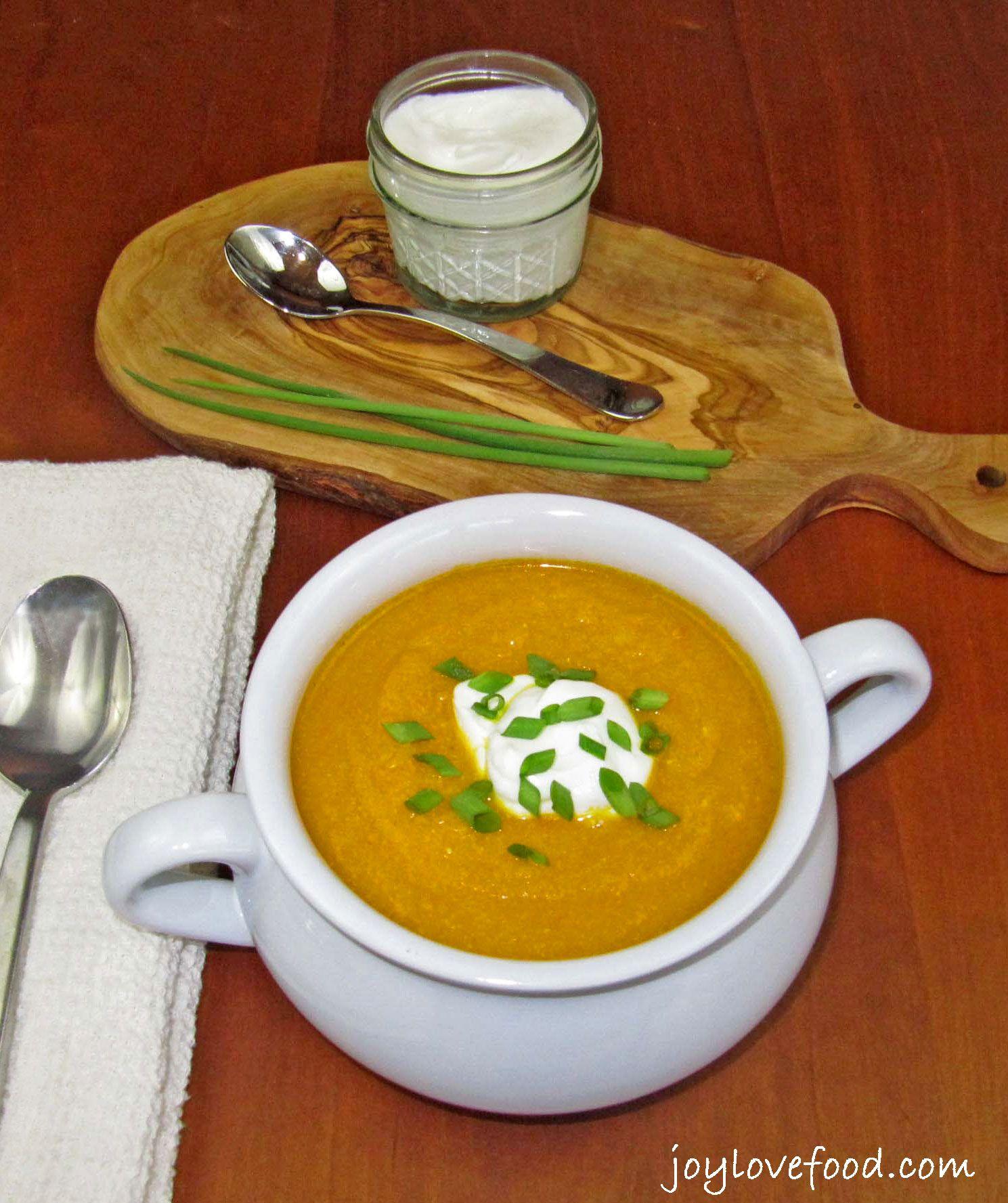 Crock Pot Curried Carrot Soup
