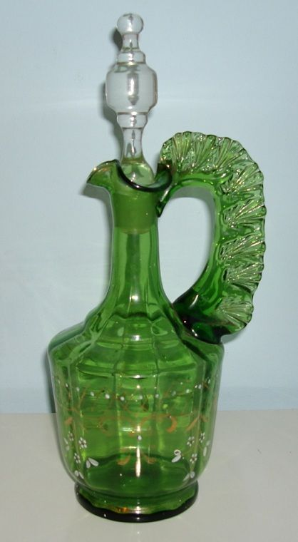 Old English or Bohemian decanter?