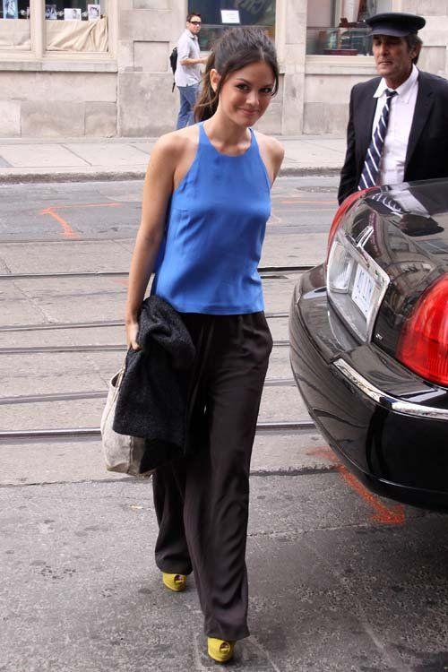 Rachel Bilson wearing 3.1 Phillip Lim Crop Back Top THE ROW Cuffed Wide-Leg Pants Shoemint Mia platform peep-toe in Citron