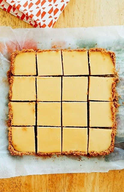 Easy Creamy Lemon Squares With Graham Cracker Crust Lemon Squares Recipe Lemon Dessert Recipes Baking Sweet