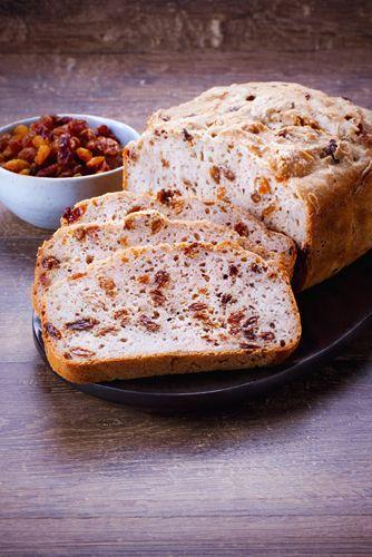 Pain aux raisins. Recettes de pain sans gluten. Pour la fête du pain, variez les plaisirs du pain avec différentes recettes. Marielys Lorthios - Photographe professionnelle / photographe culinaire / styliste / Dijon - http://www.marielys-lorthios.com/