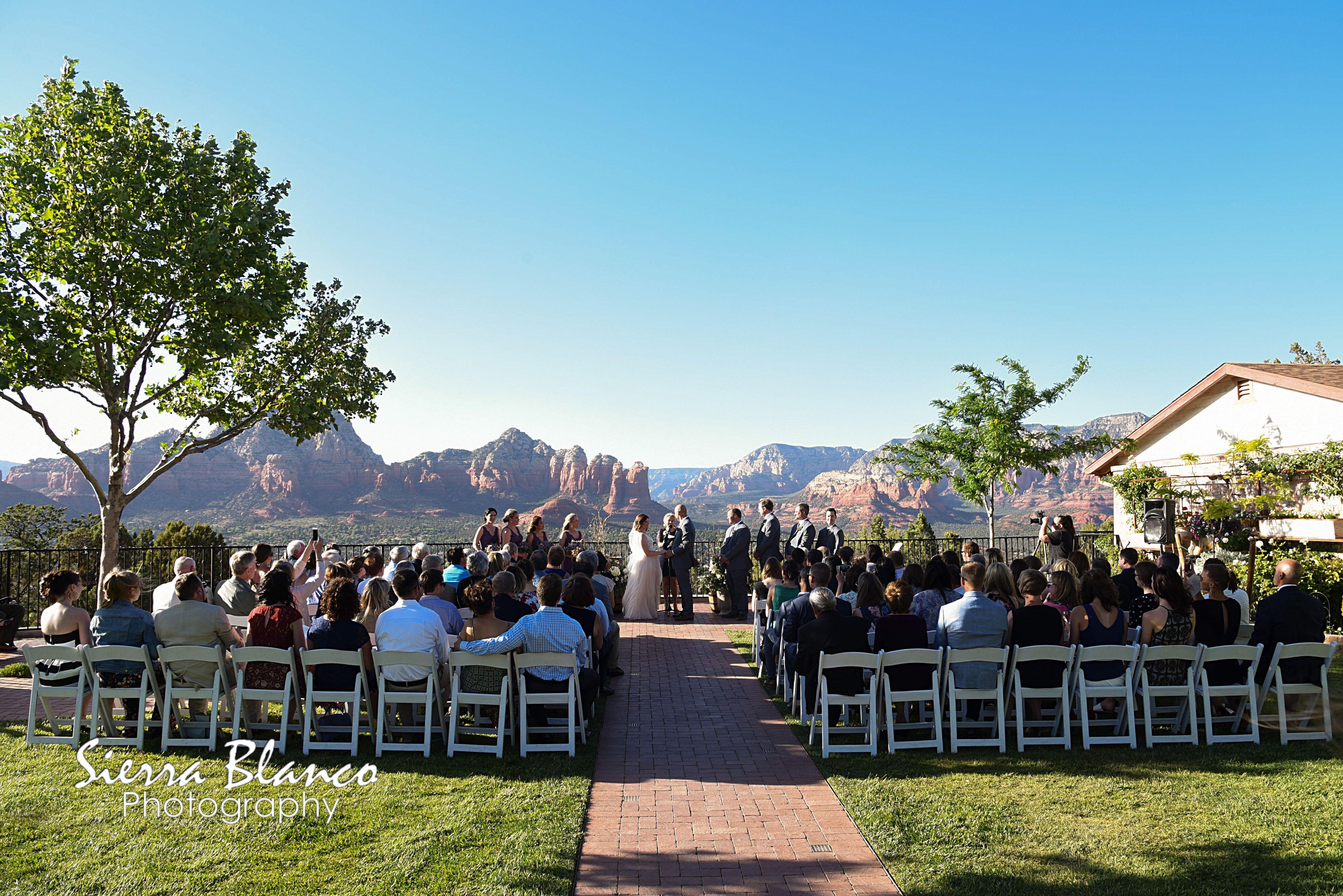 Pc Sierra Blanco Photography Venue Sky Ranch Lodge In Sedona Az Arizona Wedding Wedding Ceremony Sites Wedding Coordinator