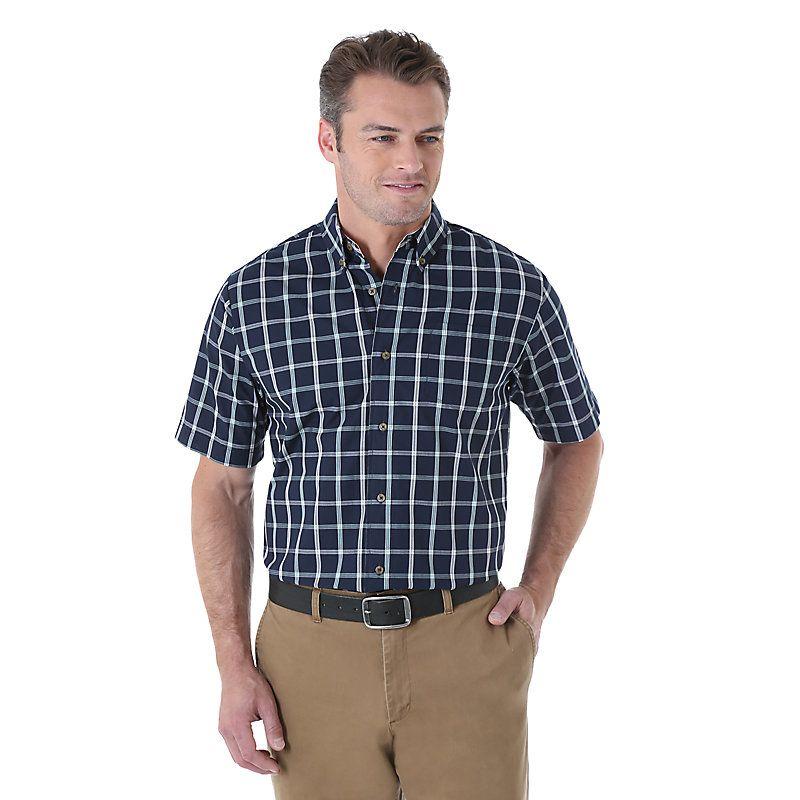 Wrangler Men's Short Sleeve Wrinkle Resist Plaid Shirt (Size: Medium)